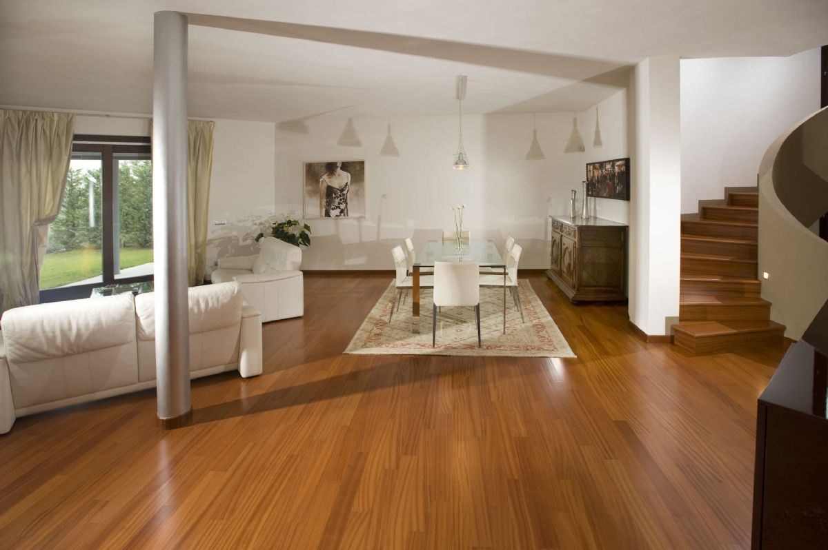 Wooden floorings & Decks